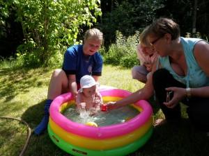 Bad i nya poolen