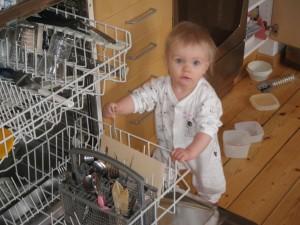 Hjälper pappa med disken