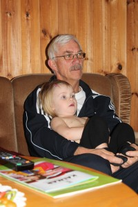 Morgonmys med farfar framför Bolibompa